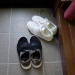 履き脱ぎが楽なスニーカー:ナイキのBenassi SLP